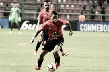 Caracas FC eliminó aEverton con el reloj en una mano y un rosario en la otra. Fotografía: Caracas FC