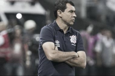 Fábio Carille durante a partida (Foto: Daniel Augusto Jr/Agencia Corinthians)