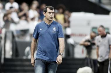 """Carille admite atuação ruim do Corinthians diante do Ferroviário: """"Preciso rever meus conceitos"""""""