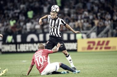 Carioca revela choro no vestiário e responsabiliza jogadores por má fase do Atlético-MG