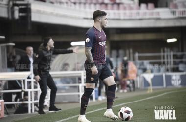 El canterano azulgrana en acción ante el Atlético Levante / Foto: Noelia Déniz (VAVEL.com)