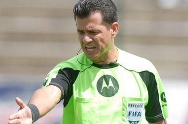 Terna arbitral para Emelec - Independiente.