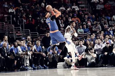 Carmelo Anthony in azione contro Philadelphia.   Fonte immagine: twitter @nyknicks