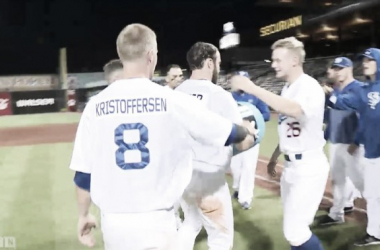 The Saints celebrate after the walk-off. (Screenshot captured via americanassociationbaseball.tv)