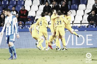 Los jugadores del Alcorcón celebran el tanto del empate | LaLiga 1|2|3
