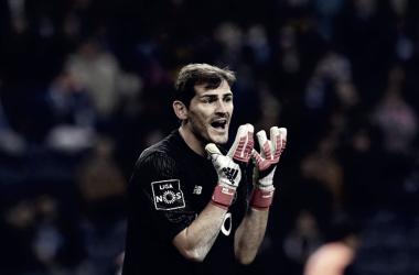 Casillas con el Oporto (Fuente: FC Porto)