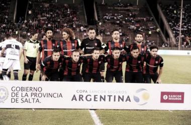 El equipo que arrancó y que jugó mal | Foto: Olé