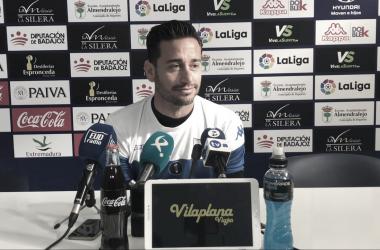 Casto Espinosa en Rueda de Prensa // Imagen: Extremadura UD