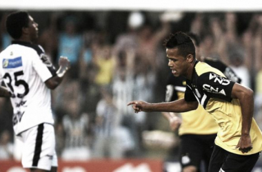 Oswaldo admite jogo abaixo da média, mas comemora vitória e campanha do Santos no Paulistão