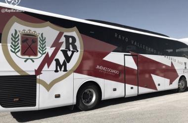 Autobús nuevo del Rayo. Fotografía: Rayo Vallecano S.A.D