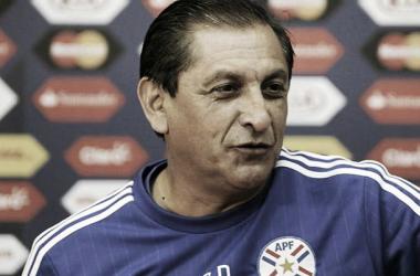 """Técnico ainda destacou crescimento da seleção paraguaia na competição: """"A equipe vem crescendo""""(Foto: AFP)"""