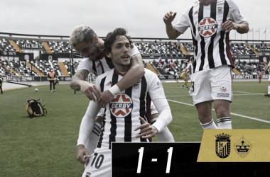 Tomás Sánchez, David Concha y Alex Corredera celebrando el gol blanquinegro// Foto: CD Badajoz