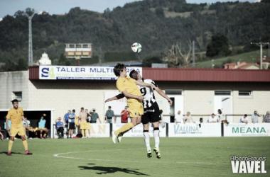 Fotos e imágenes del CD Lealtad - Burgos CF; 8ª jornada del Grupo I de Segunda División B