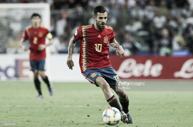 Ceballos conduce el balón durante la final ante Alemania/ Foto: Getty Images