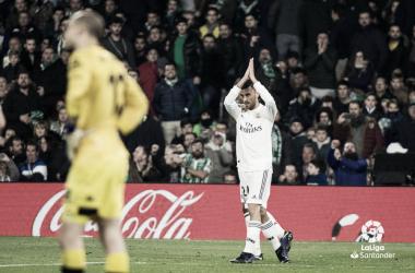 Dani Ceballos pide perdón a la afición bética tras marcar el 1-2 I Foto: LaLiga