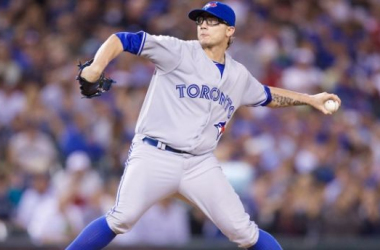 Blue Jays Manager Gibbons Demotes Brett Cecil From Closer Role