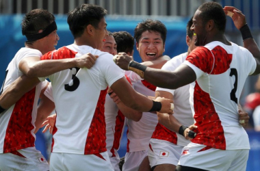 Los jugadores japoneses celebran la victoria lograda ante Nueva Zelanda | Foto: Reuters.
