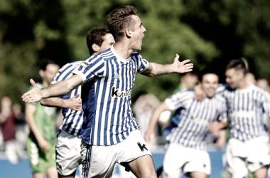 Celorrio celebra su histórico gol que supuso certificar el playoff de ascenso a Segunda. Foto: Real Sociedad