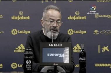 Álvaro Cervera en rueda de prensa / Cádiz CF