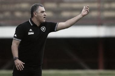 Após derrota contra CRB, Chamusca cobra mais eficiência do Botafogo