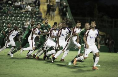 Chapecoense e Paraná empatam na Arena Condá e seguem sem vencer na Série A