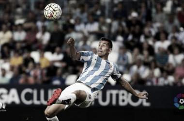 Charles anotando el primer gol del Málaga esta temporada. Fotografía: LFP