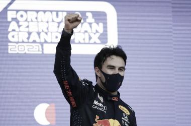 Após vitória no GP do Azerbaijão, Pérez elogia Verstappen e Red Bull