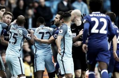 La FA multa al Manchester City y al Chelsea por mala conducta