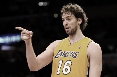 """Pau Gasol, sobre la posibilidad de que los Lakers retiren su camiseta: """"Sería un privilegio estar en ese grupo"""""""