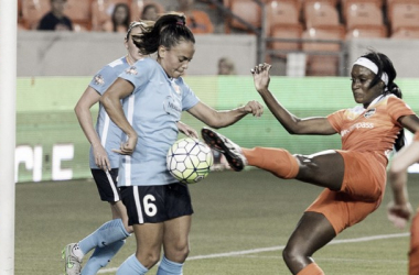 Chioma Ubogagu (in orange) in action earlier this year against Sky Blue FC | nwslsoccer.com
