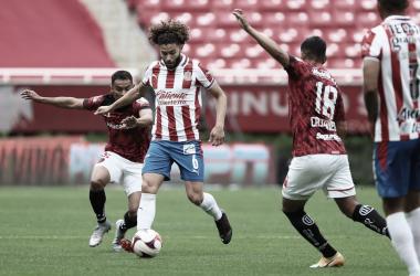 Chivas y Toluca definen empate en par de minutos