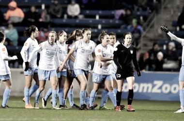 Savannah McCaskill celebrates first professional goal with her Sky Blue teammates. l Source: Skybluefc.com