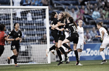 The Red Stars celebrate their first goal of the evening. | Photo: isiphotos.com