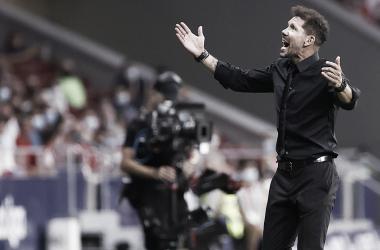 """Simeone: """"Fue una gran ilusión poder mostrar la copa del año pasado"""""""