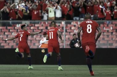La gioia di Sanchez dopo l'1-0. | Fonte immagine: Twitter @LaRoja