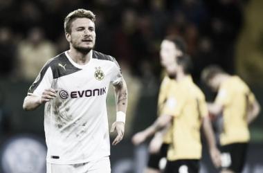 Atacante chega por empréstimo ao clube espanhol (Foto: Odd Andersen/AFP)