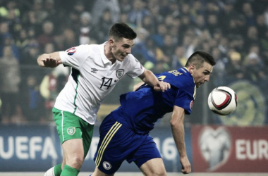 Clark battles for possession (photo: uefa.com)