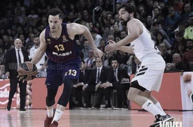 El Madrid no puede con un Barça muy sólido en defensa