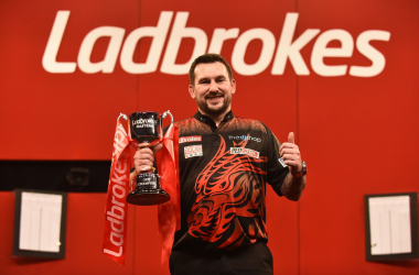 2021 Masters: Clayton Wins First PDC Major and Final Premier League Spot