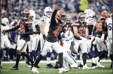 Cleveland vence a Indianapolis en duelo cerrado