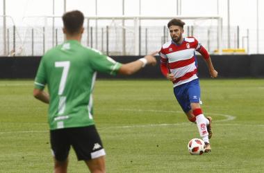 Héctor en el partido contra el Sanluqueño de la temporada pasada | Foto: Antonio L. Juárez