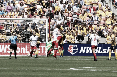 Chicago Red Stars celebrating Danielle Colaprico's 27th minute goal | Photo: NWSL