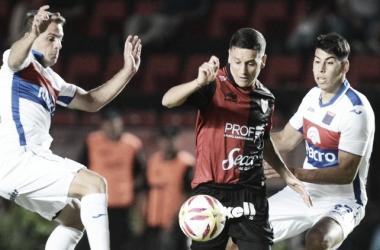 Colón y Tigre igualaron sin goles