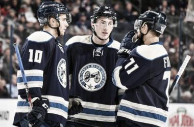 Jugadores de los Blue Jackets durante un partido | Foto: NHL.com