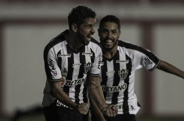 Gabriel comemora o segundo gol do Galo (Foto: Pedro Souza/Atlético-MG)