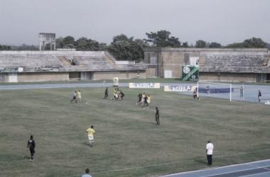 Por la mínima diferencia, Leones derrotó a Depor FC