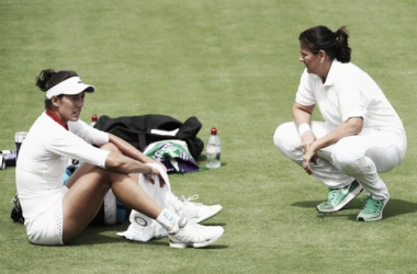 Conchita Martínez junto a Garbiñe Muguruza durant eun entrenamiento en el All England Club. Foto: zimbio.com
