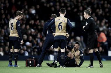 Com lesão no joelho, Coquelin desfalca Arsenal por dois meses; Ramsey retorna