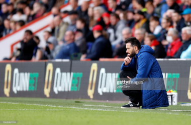 <div>AFC Bournemouth v Huddersfield Town - Sky Bet Championship</div><div>BOURNEMOUTH, ENGLAND - OCTOBER 23: Carlos Corberán Head Coach of Huddersfield Town during the Sky Bet Championship match between AFC Bournemouth and Huddersfield Town at Vitality Stadium on October 23, 2021 in Bournemouth, England. (Photo by John Early/Getty Images)</div>