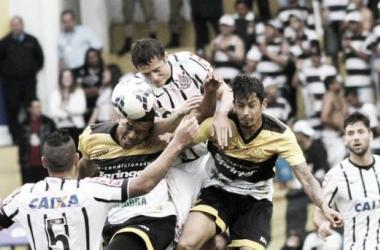 De olho no Internacional, Corinthians recebe o Criciúma por vaga direta na fase de grupos da Libertadores